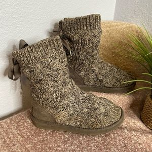 UGG Grey Crochet Knit Lace Up Back Isla Bow Boots